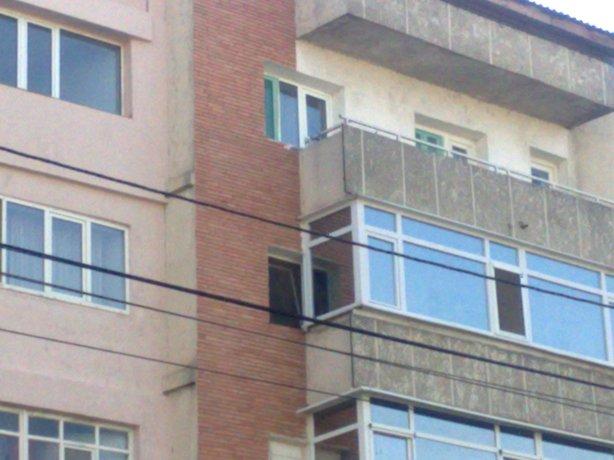ferestrele din Adjud