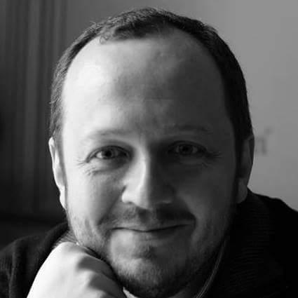 Adrian Papahagi:isteria e continuă, hărțuireapermanentă